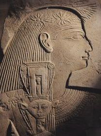 A priestess with the naos style of sistrum