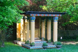 The House of the Lotuses; it is about the size of a large gazebo, which is how we explain it to the neighbors: it's an Egyptian gazebo!