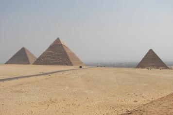 The Giza big three