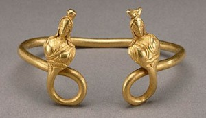 A Hellenistic bracelet with two busts of Isis, made in Egypt